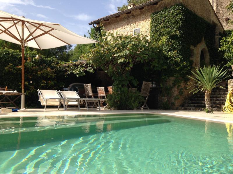 PISTILLO 1, le charme méditerranéen et l'authenticité d'une belle demeure., location de vacances à Sora