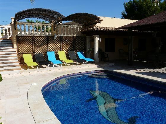 villa with pool in playa de palma x 8 people, location de vacances à El Arenal