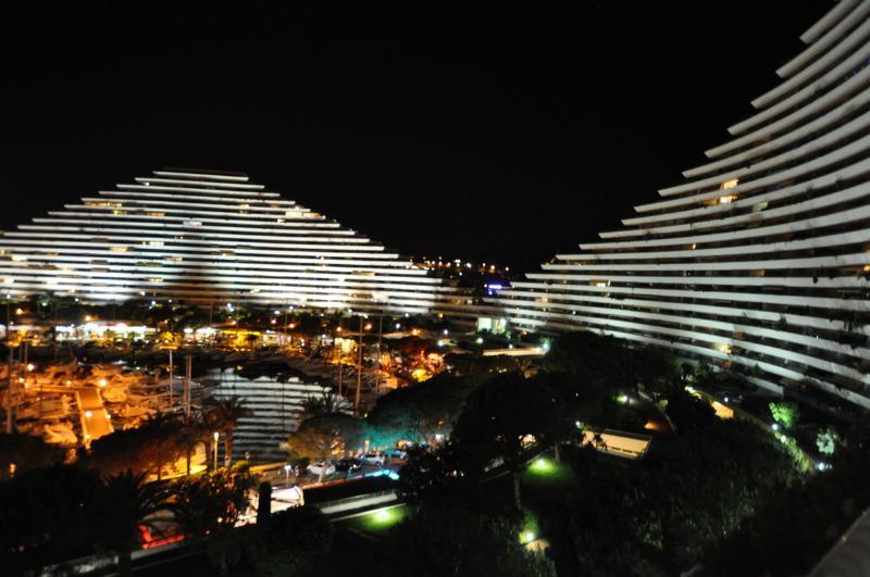 luxury apartment marina baies des anges, antibes, vacation rental in Villeneuve-Loubet