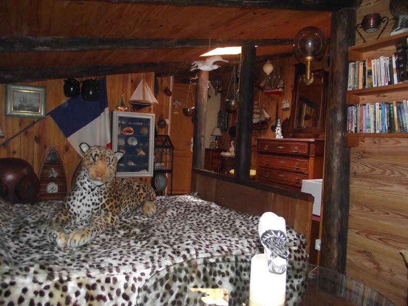 Chambre Corsaire- Durfort et Saint Martin Sossenac, location de vacances à Anduze