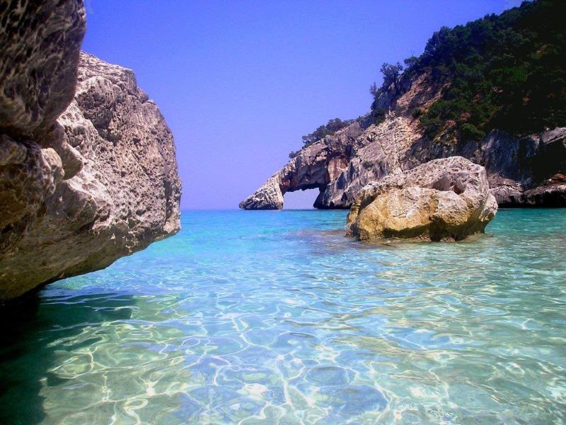 Ogliastra's coastline with beautiful oases of sand wedged 'tween the sea n the surrounding cliffs,