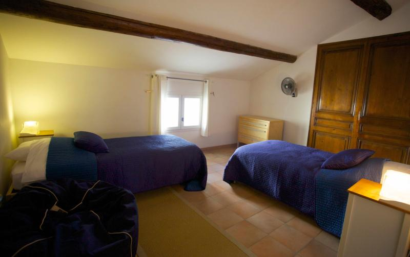6th bedroom twin