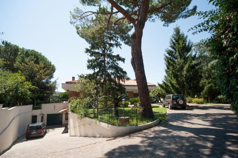 New COTTAGE (Mons Aureus Resort), location de vacances à Rome