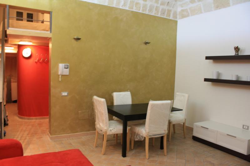 Taras home, city center, holiday rental in Taranto