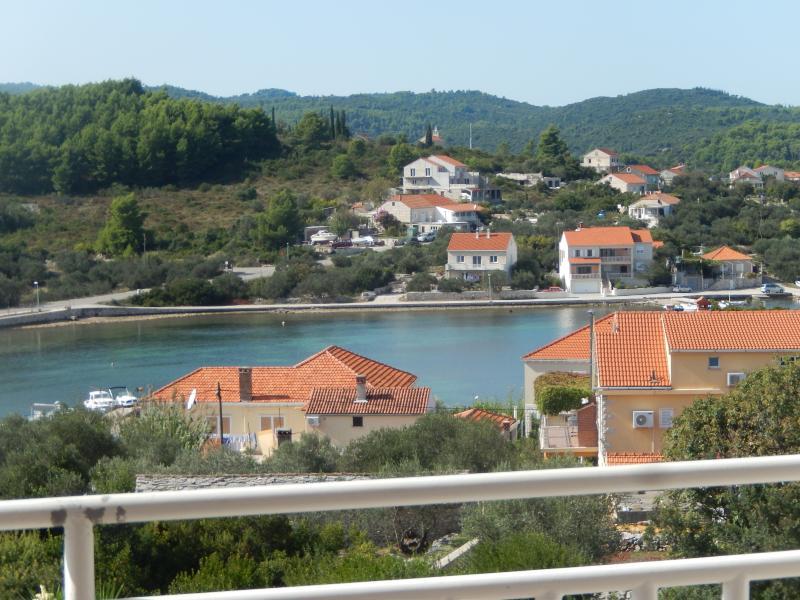 apartman Krajancic 2, vacation rental in Lumbarda