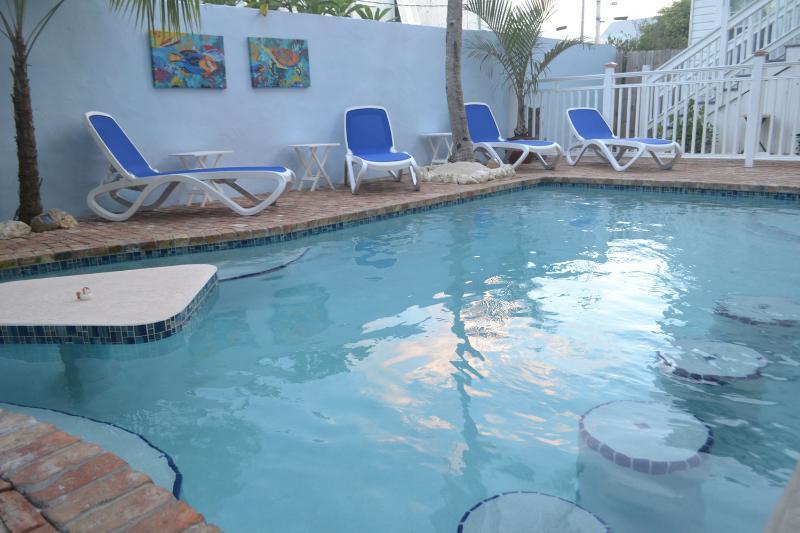 Pool House balouch