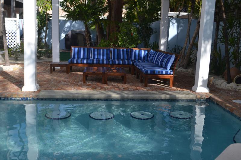 Rassemblement zone - côté piscine