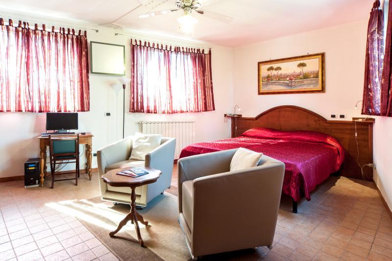 Encantadora SUITE (Mons Aureus Resort)