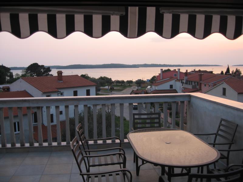 Apartment ATTIC, vacation rental in Fazana