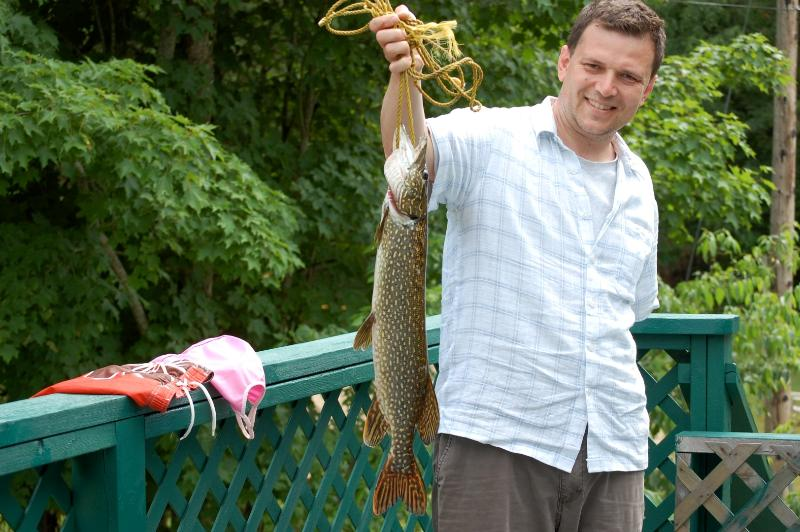 Clyffe Hosue: A big pike!