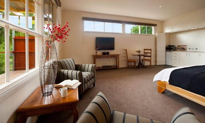 Daylesford Accommodation Escapes - Daylesford House Studio