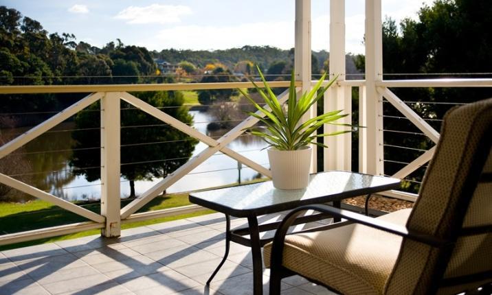 Lakeside Suites 3 - Lake Views