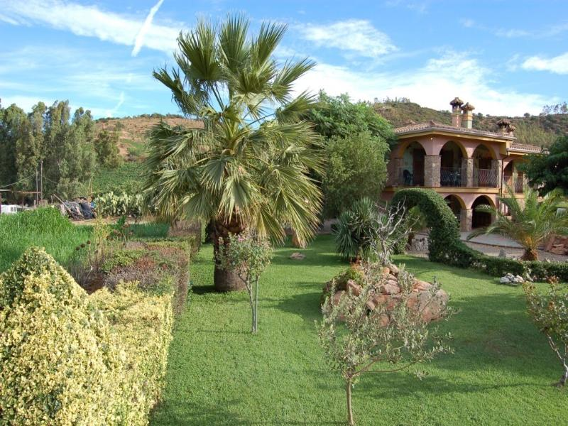CHARMING AND LOVELY HOUSE NEAR THE CARDEDU'S MARIN, holiday rental in Province of Ogliastra