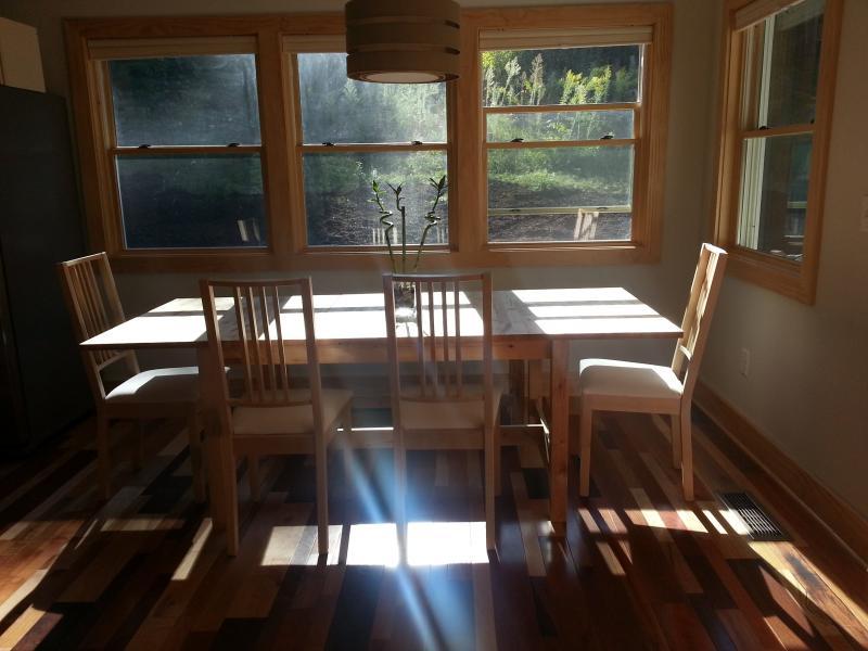 Beautiful light filled eating area, open floorplan