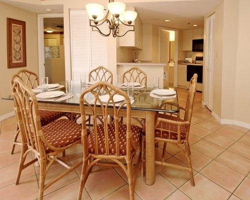 Beautiful Fort Lauderdale Vacation Condo, holiday rental in Green Meadow