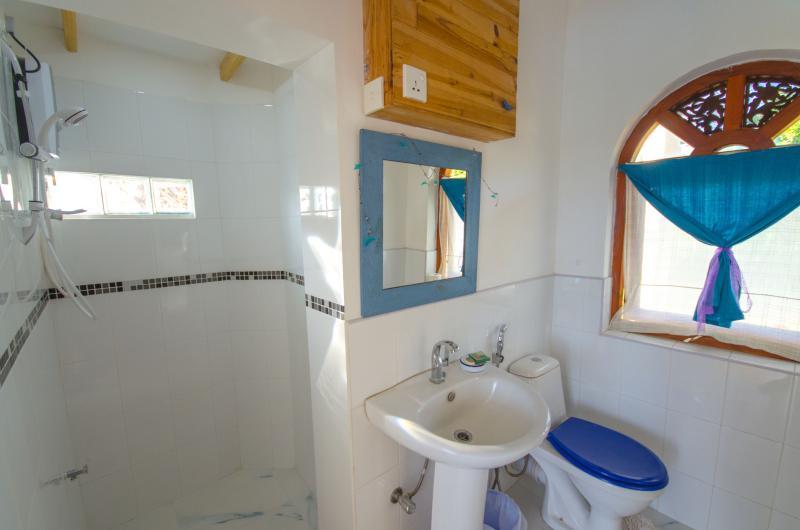 Zwembad kamer badkamer