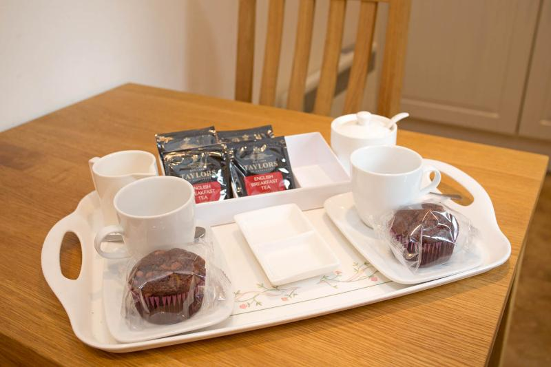 With compliments - Yorkshire tea and chocolate muffins