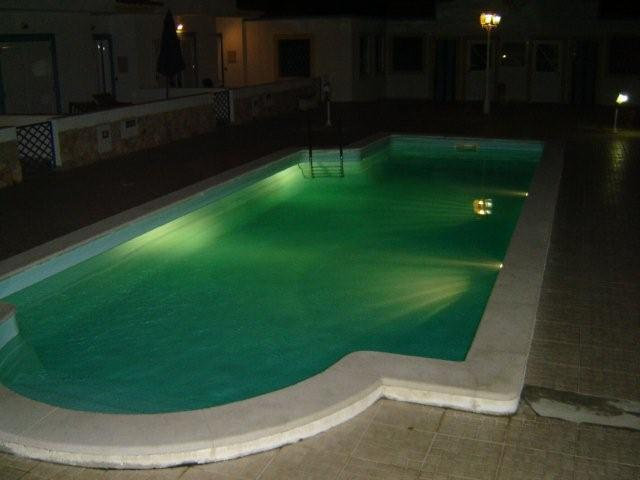 Beautiful holiday villa with pool & wifi Long Stays welcome, vacation rental in Manta Rota