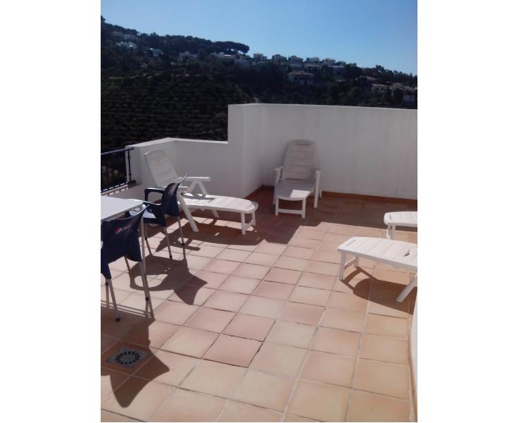 Main Roof Terrace, adjacent to roof top pool