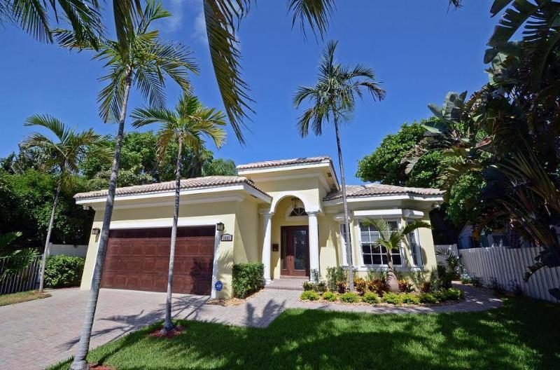 3 BR Ft Lauderdale Villa Paradiso luxury ocean house 5 star