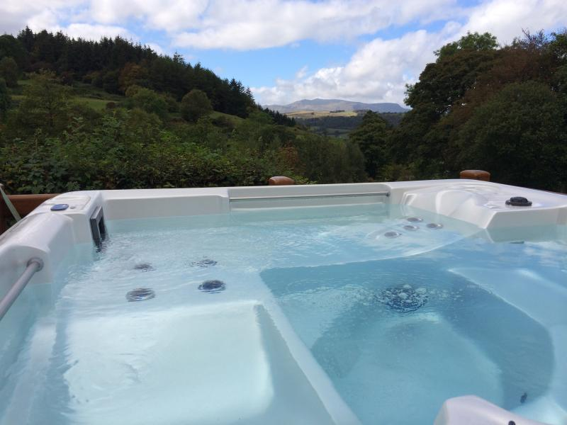Private hot tub with outstanding unspolit views of Snowdonia National Park
