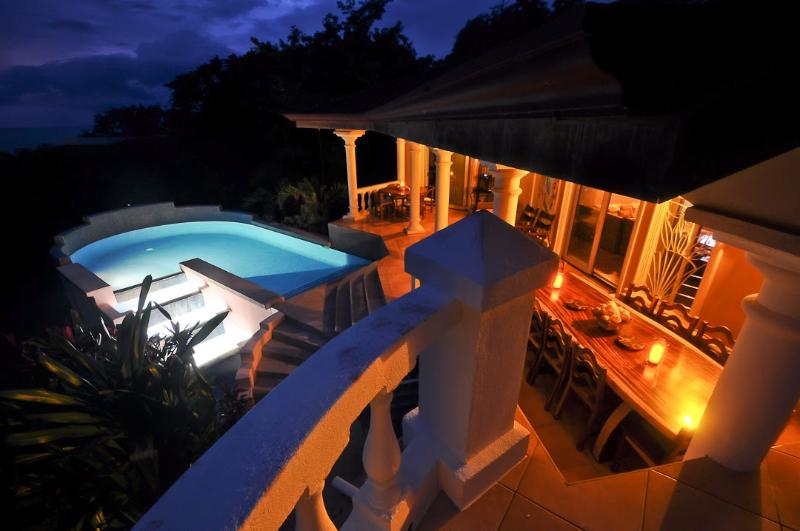 Luxury Villa - Amazing Ocean, Surf and Sunset View, holiday rental in Nosara