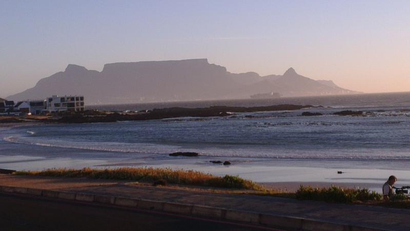 2 km zum Blouberg Strand mit unvergleichbarem Blick auf den Tafelberg