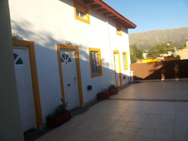 Departamentos Los Almendros 1, holiday rental in Merlo