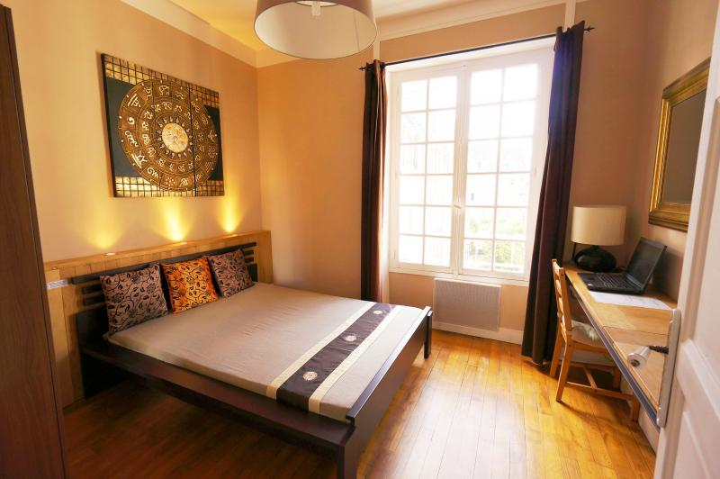 Appartement de l Orme - Saint Malo - Historical Center - Sleeping room.
