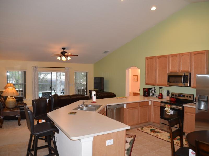 chambre familiale et la cuisine