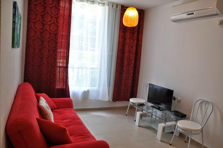 In three-minute' walk from the sea Balfour 6141, vacation rental in Beit Dagan