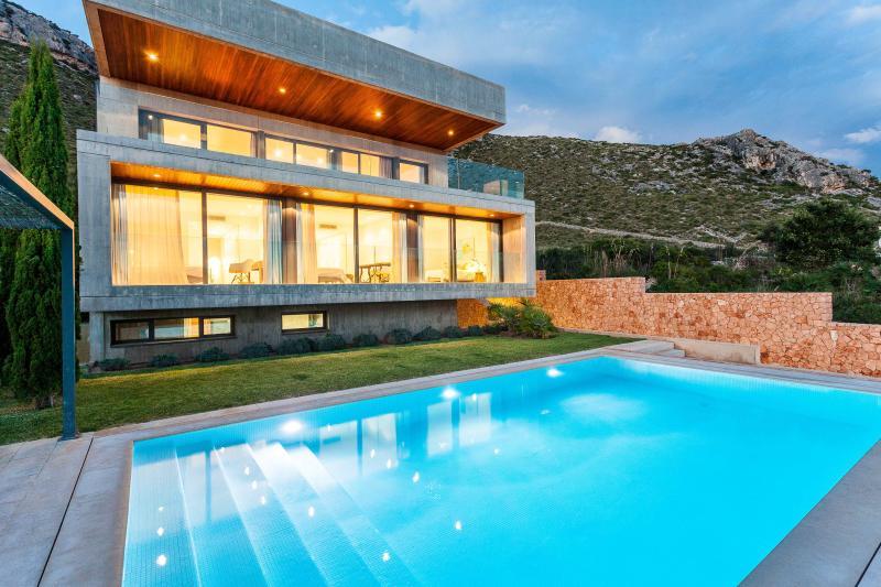 Exclusive Villa overlooking Pollensa Bay