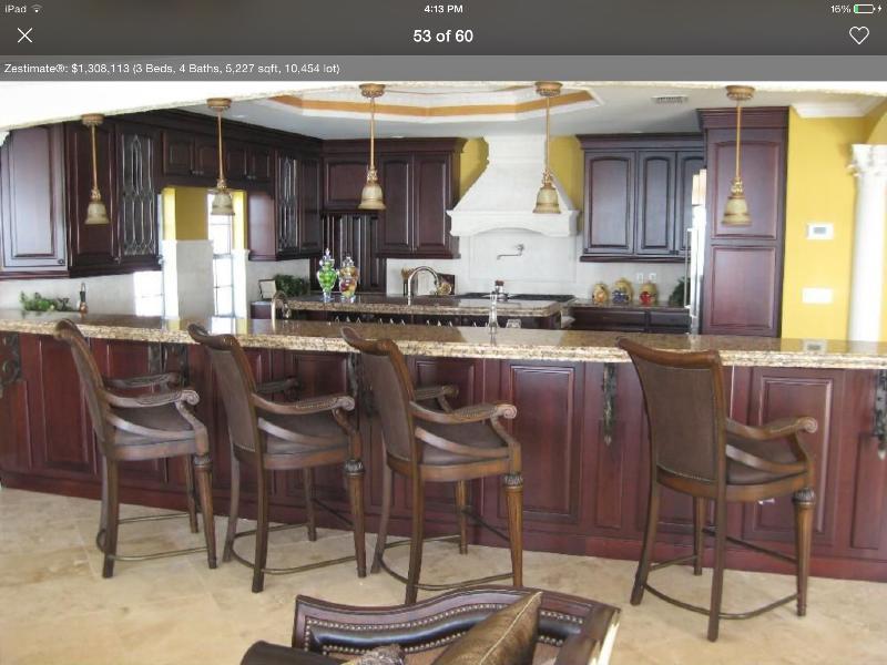 Bar into Kitchen