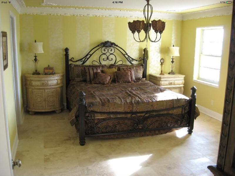 First floor Master suite w/ Full Ensuite Bath