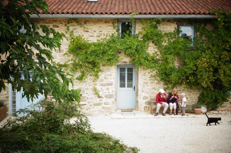 La Marguerite 6 persons Holiday Cottage, vacation rental in Saint-Julien-le-Petit