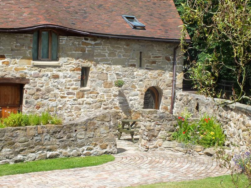 The Byre, Hall Farm Holiday Cottages, Ferienwohnung in Ruabon