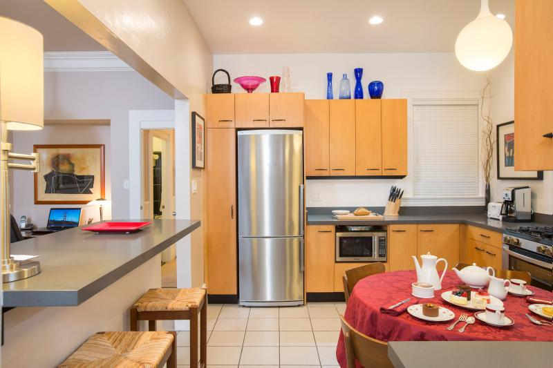 Designer Kitchen Sparkles and Provides all the Comforts of Home While on Vacation in SF!
