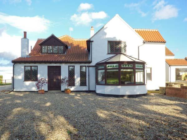HARTSWOOD FARM, wing of a former farmstead, en-suites, woodburner, shared, alquiler vacacional en Malton