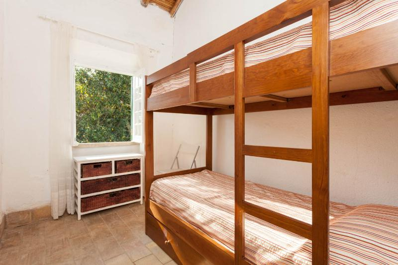 Bedroom (bunkbed)