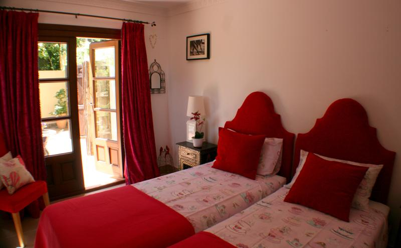 Twin room, private terrace and en-suite