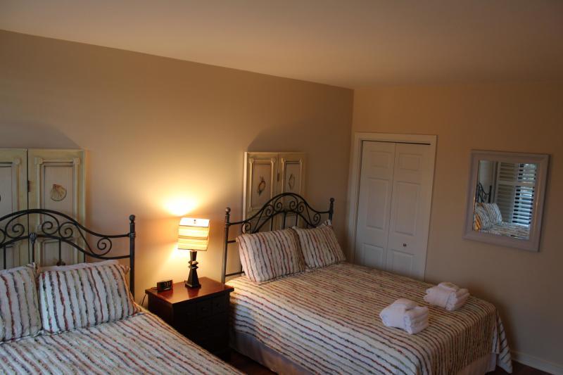 2e slaapkamer met twee koninginnen