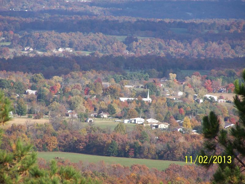 Vista do deck com vista para o vale e da Comunidade Capps.