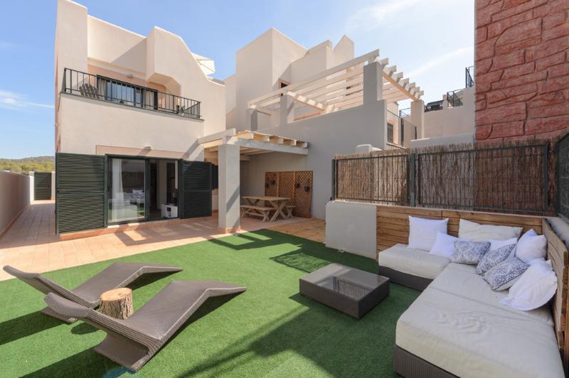 Terraza y muebles de relax