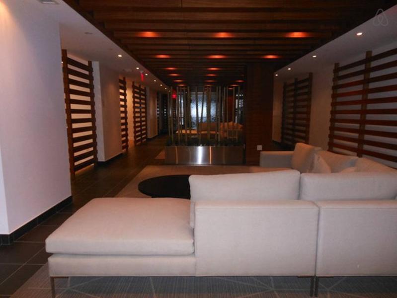 Lounge - amenities area