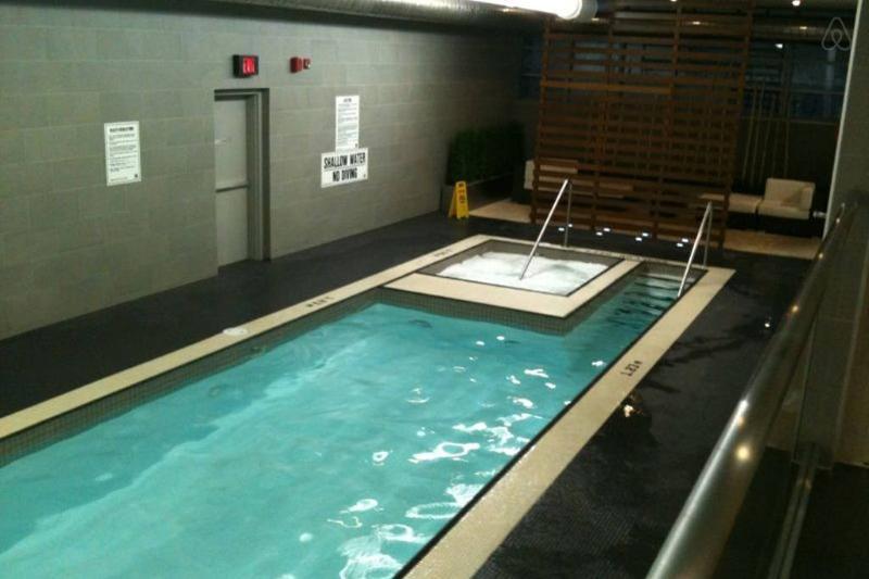 Pool - amenities area