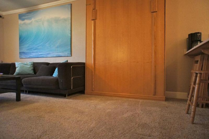 The murphy bed in the oceanside folds up