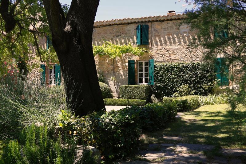 La Maison du Village, holiday rental in Villetritouls