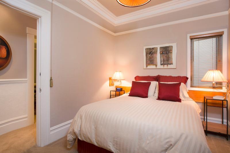 Cozy, Quiet Bedroom. Crown Molding, Custom Lamps, Night Tables. Sweet Dreams. YourHomeInSanFrancisco
