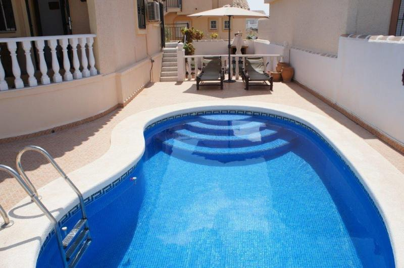 Puesta del sol,  pool, 3 bed 3 bath family villa. Camposol, Mazarron, Murcia.
