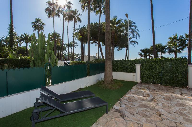 Terrace with sun decks